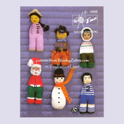 wonkyzebra_00528_a__knitted_dolls
