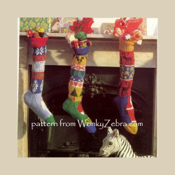 wonkyzebra_00660_a_knitted_christmas_stockings_ww23