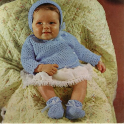 wonkyzebrababy_b0015_c_crochet_layette_and_shawl